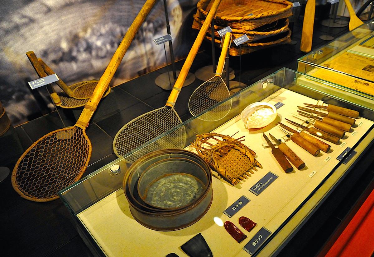 テーマ展示室「海とともに」展示の漁具