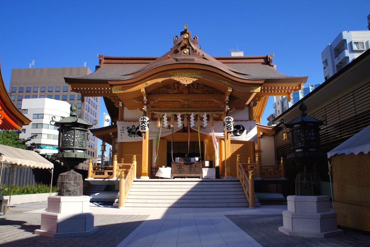 新装なった拝殿