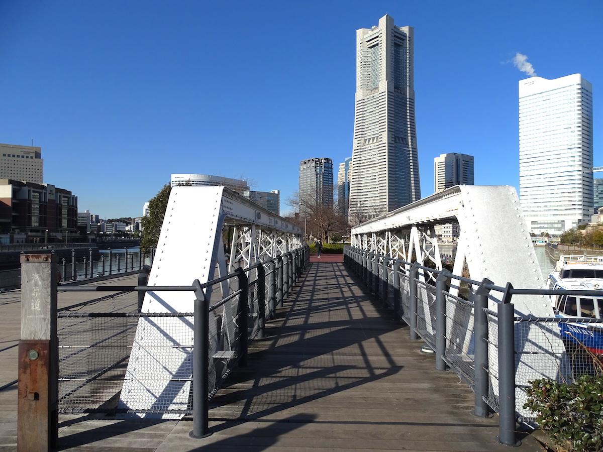 港三号橋梁(汽車道)