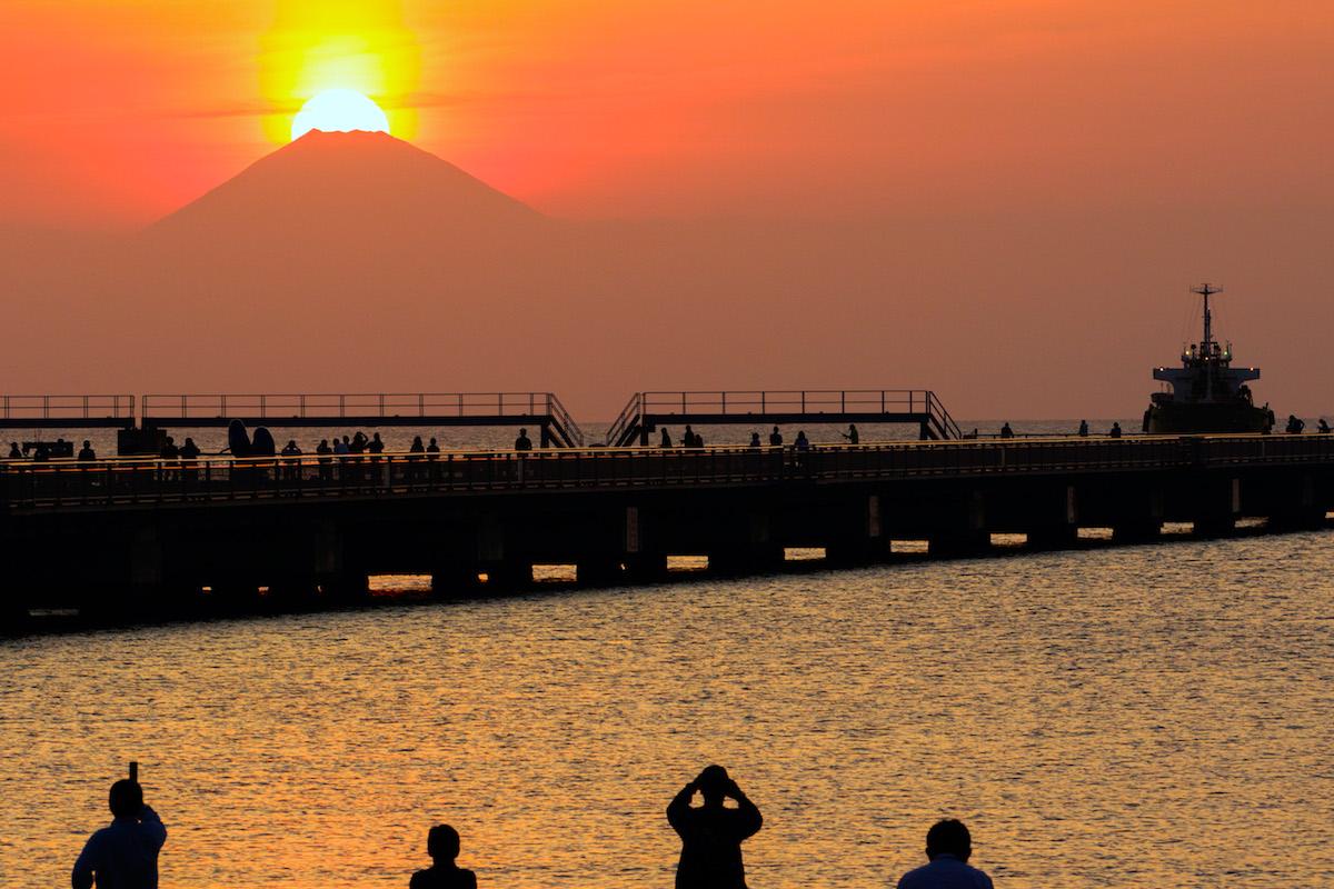夕日桟橋・ダイヤモンド富士