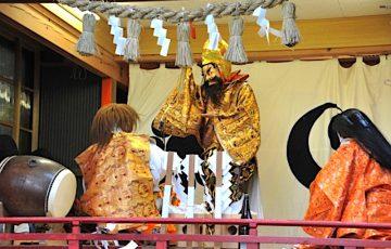 七百余所神社『村上の神楽』