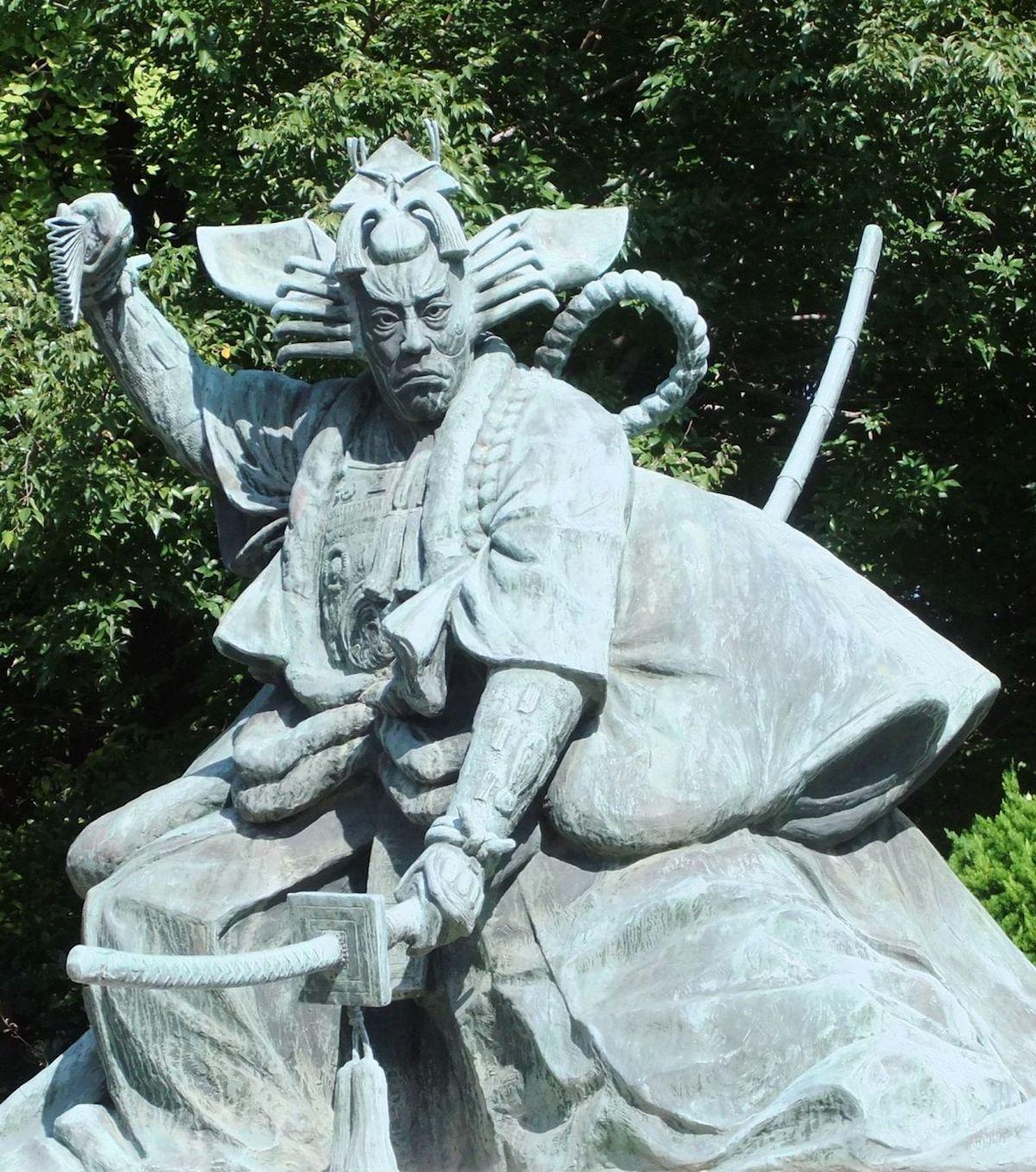 九代目市川團十郎「暫」銅像