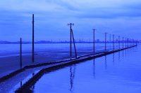 死ぬまでに見たい千葉の絶景! 江川海岸の海中電柱